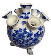 delft-blue-tulip-vase-round