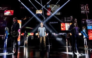 ben-platt-center-and-cast-of-dear-evan-hansen